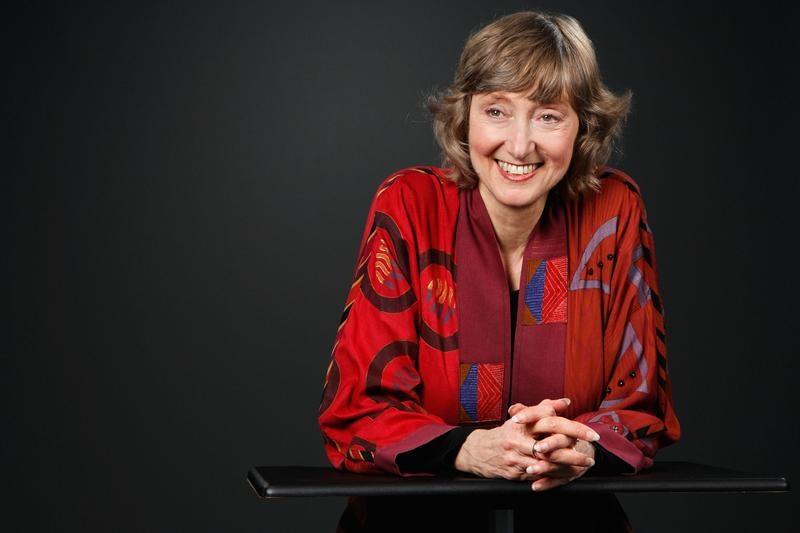 Headshot of Deborah Tannen